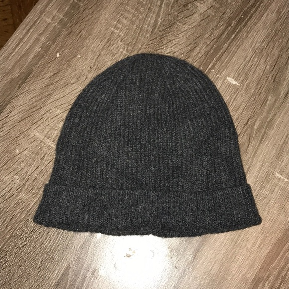 398098a31c5 Uniqlo Grey Ribbed Cashmere Beanie. M 5be5ffc0534ef97d76ac41be